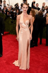 Rosie Huntington in Versace